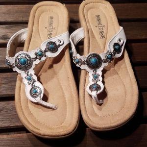 NWOT MinneTonka white sandals, size 7